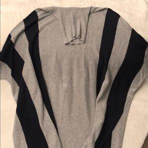 NEIMAN MARCUS Oversized sweater, closed poncho